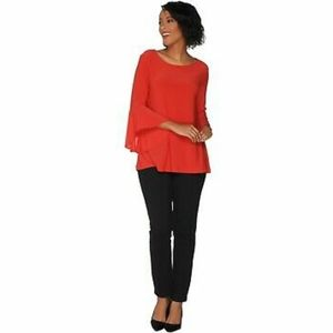 Flounce top with slim ankle pants set.red hot
